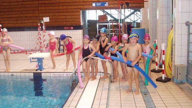 Les élèves de Notre-Dame-de-Lorette à la piscine